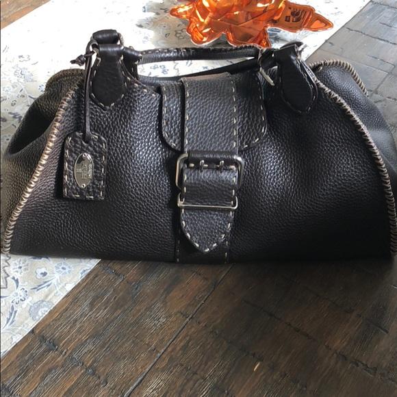 💯% AUTHENTIC! Fendi selleria Bag